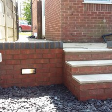Retaining Wall, Steps and Lights